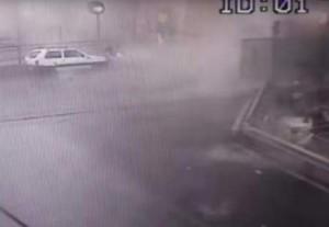 ΓΕΝΟΒΑ: Στο φως της δημοσιότητας η στιγμή που καταρρέει η γέφυρα (VIDEO)